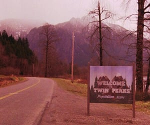 Twin Peaks, 90s, and alternative image