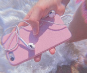 iphone, pink, and aesthetic image