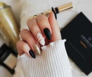 nails and woman image