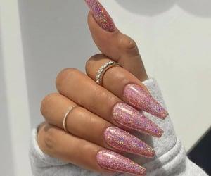 fake nails, motif nails, and make-up image