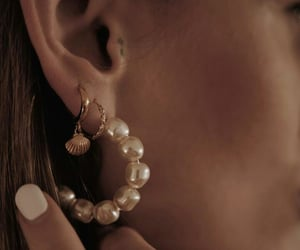 earrings, pearl, and sea image
