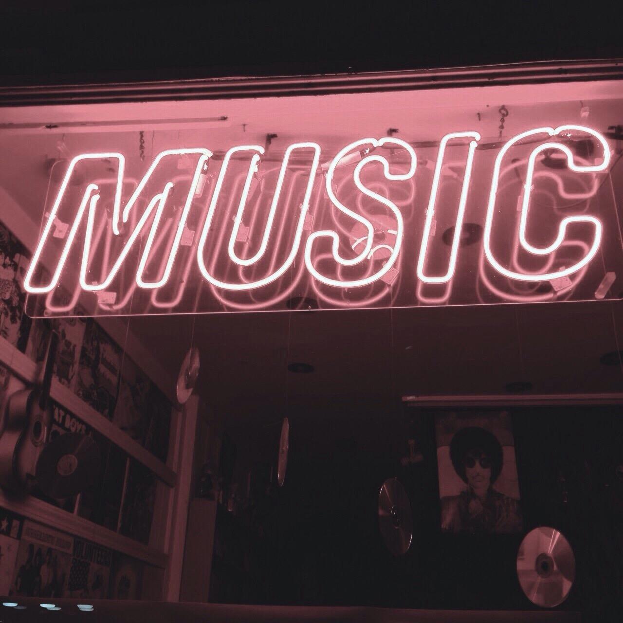 demi lovato, favorite, and musician image