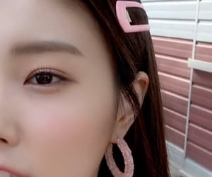 details, lq, and hyewon image
