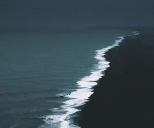 wallpaper, ocean, and black image