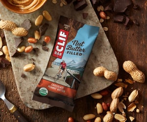best tasting protein bars, pure protein bars, and protein bar nutrition image