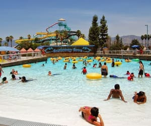 california and water park image