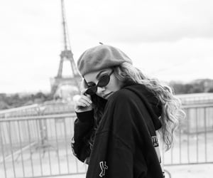 beautiful, black and white, and eiffel tower image