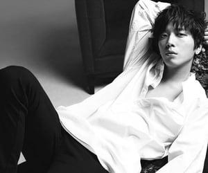 korean, yong hwa, and kpop image
