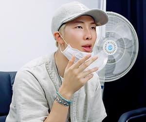 gif, taehyung, and rm image