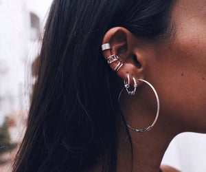 accessories, details, and earings image