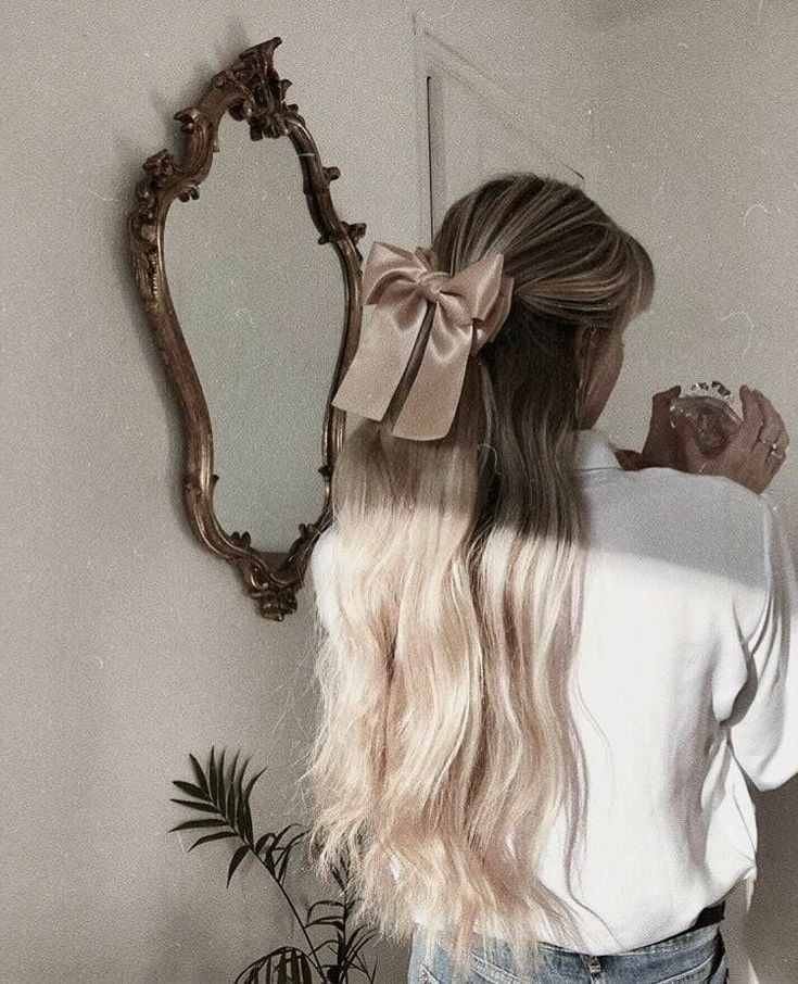 hair, blonde, and aesthetic image