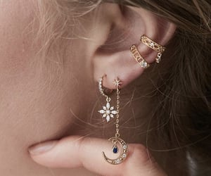 accessoires, daily, and earrings image