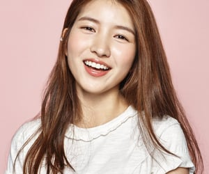 sowon, 여자친구, and girl group image