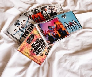 albums, luke hemmings, and 5sos image