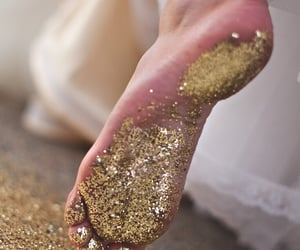 beautiful, feet, and sparkles image
