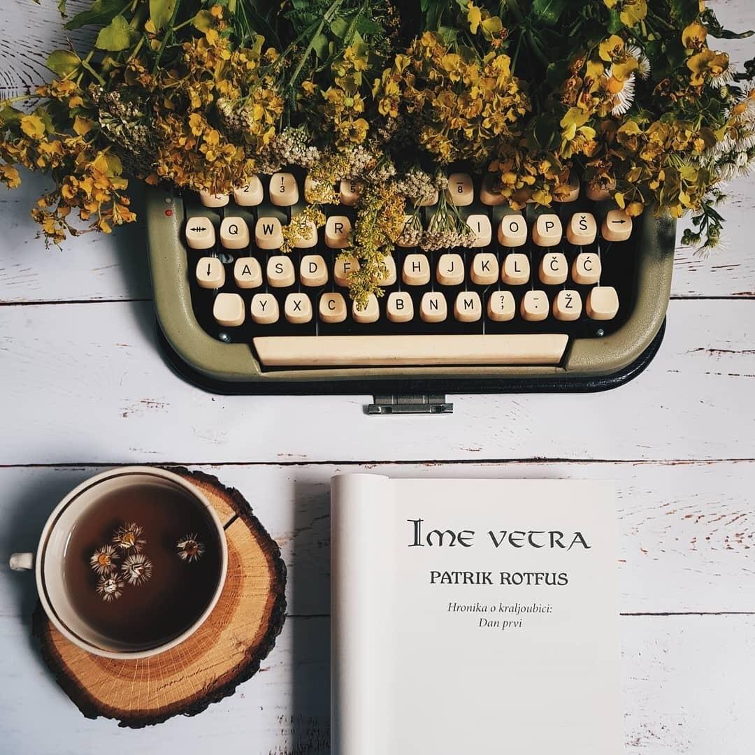 books, chocolate, and autumn image