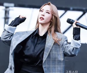 fantaken, mamamoo, and moonbyul image