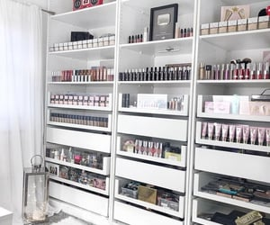 dressing, fashion, and cosmetic cosmetics image