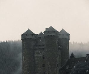 castle and chateau image