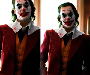 joaquin phoenix, joker, and the joker image