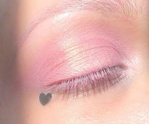 makeup, pastel, and pink image