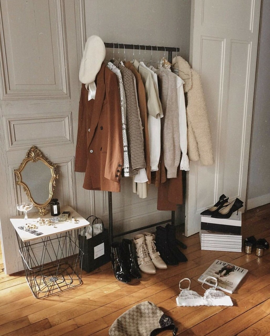 accessories, beauty, and outfit image