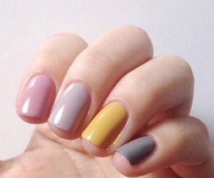 pastel colours and ombre nailart for winter image