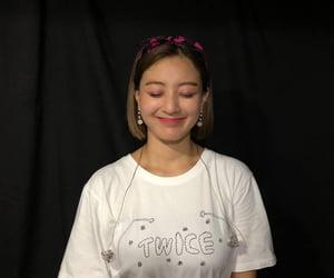 girl group, jihyo, and park jisoo image