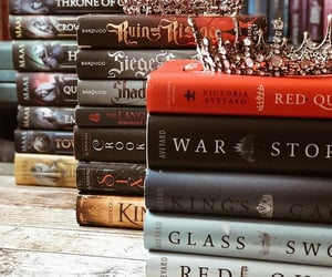red queen and throne of glass image