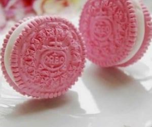pink and oreo image