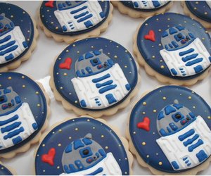 r2d2, star wars, and Cookies image