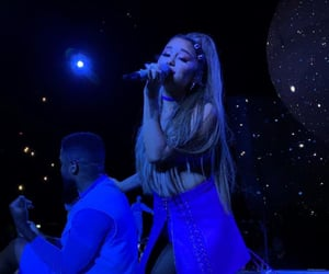 swt and ariana grande image