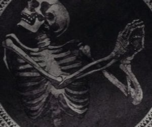 death, aesthetic, and skull image