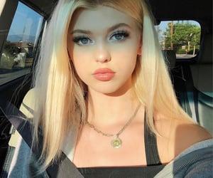 loren gray, blonde, and makeup image