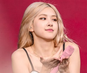 kpop, rose, and park chaeyoung image