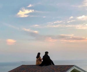 aesthetic, couple, and sunset image