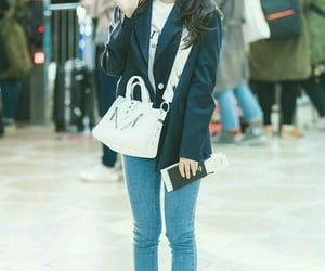 kpop, airport fashion, and chungha image