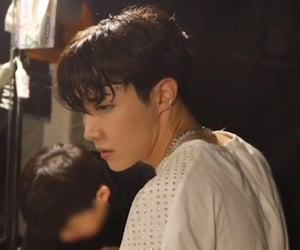 japan, jung hoseok, and love yourself image