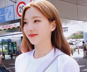 kpop, son juyeon, and 손주연 image