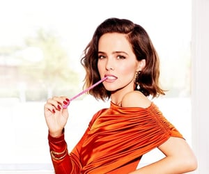 girl, zoey deutch, and wow. pretty image