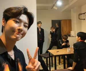 seungyoun and cho seungyoun image