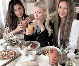 food, girls, and beauty image