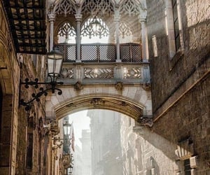 barcellona and travel image
