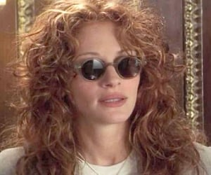 julia roberts and 90s image