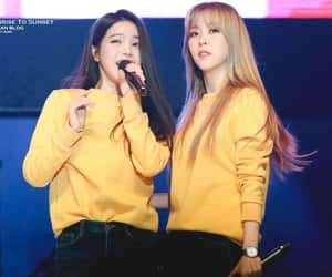 girls, moonbyul, and yongsun image