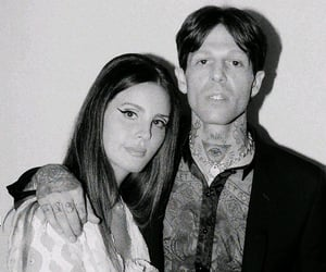 lana del rey, jesse rutherford, and black and white image