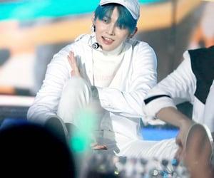 k-pop, txt, and yeonjun image