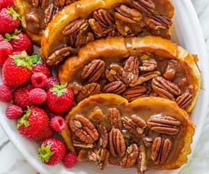 caramel, french toast, and sugar image