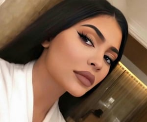 beauty, kylie jenner, and celebrity image