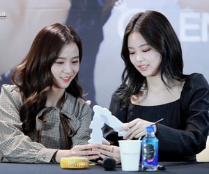 kpop, jennie, and jisoo image